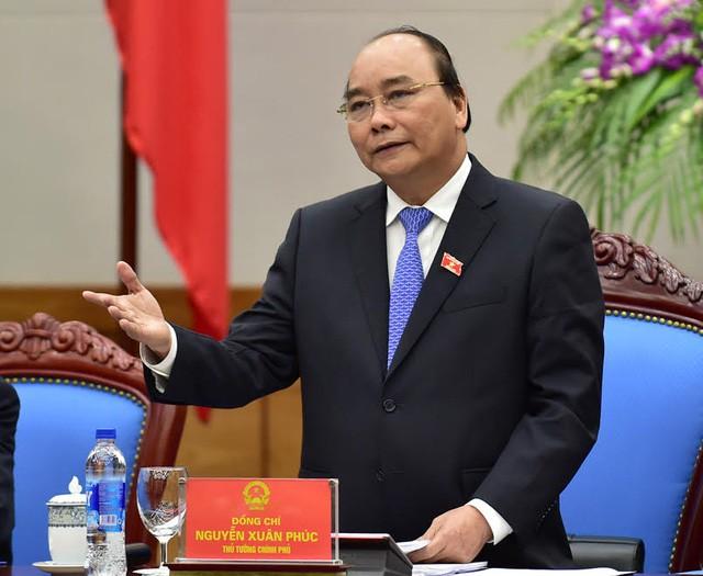 Thủ tướng yêu cầu tiếp tục bãi bỏ, đơn giản hóa các quy định về điều kiện kinh doanh