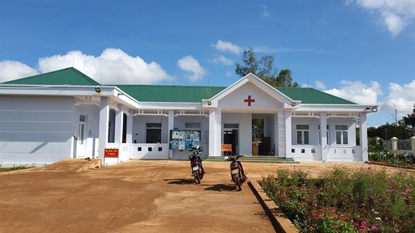 Gia Lai: Trạm Y tế xã chưa bàn giao đã xuống cấp có thể là do... gạch