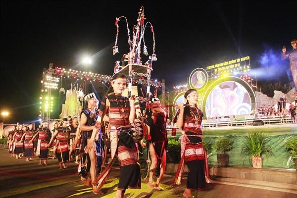 Một hoạt động trong Festival văn hóa cồng chiêng Tây Nguyên năm 2018
